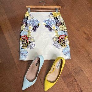 H&M mini floral pencil skirt satin like size 4